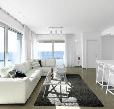 למכירה דירת יוקרה קו ראשון לחוף במגדל רויאל – ביץ, תל אביב