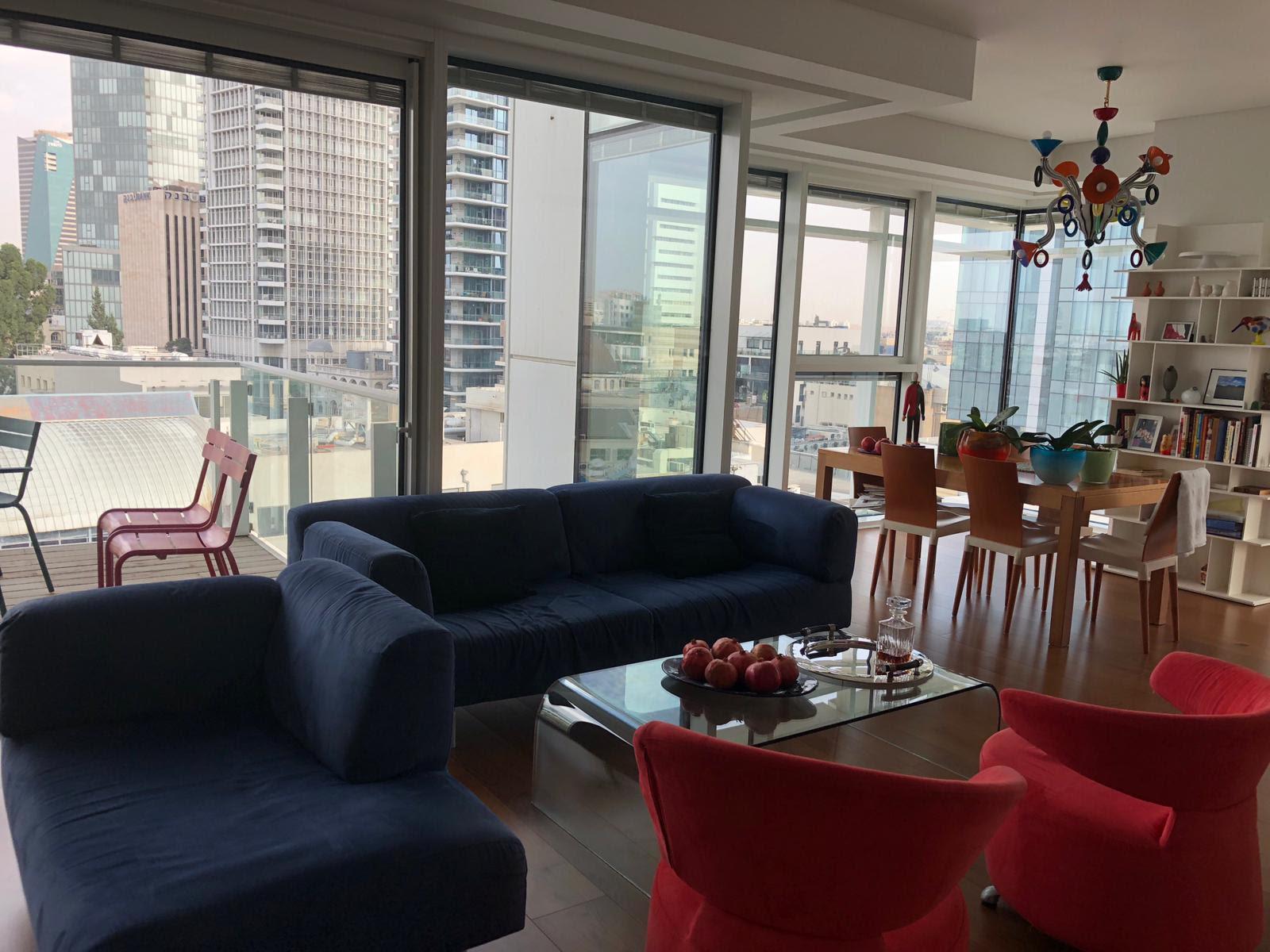 למכירה דירת 3 חדרים יוקרתית במגדל ברחוב רוטשילד 17, תל אביב